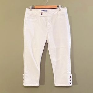 American Living White denim Cropped pants 10